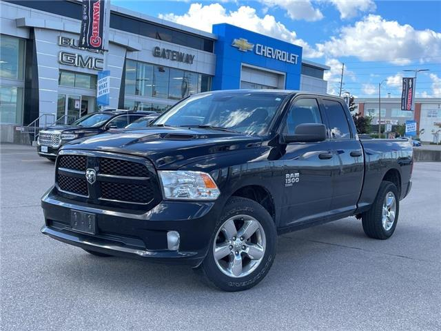 2019 RAM 1500 Classic EXPRESS/QUAD/4X4/UCONNECT/1-OWNER! (Stk: 326994A) in BRAMPTON - Image 1 of 18