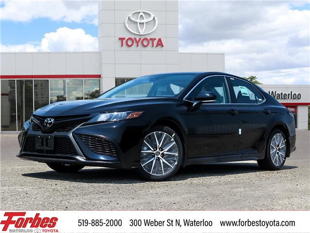 2021 Toyota Camry SE (Stk: 13055) in Waterloo - Image 1 of 20