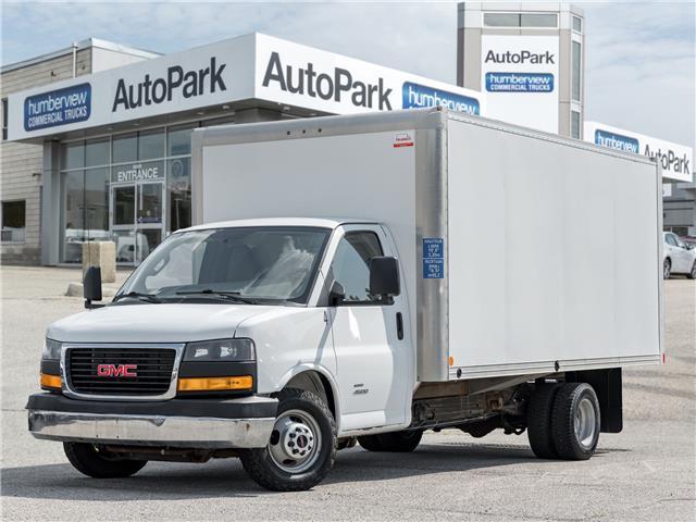 2018 GMC Savana Cutaway 4500 4500 Van (Stk: CTDR4870) in Mississauga - Image 1 of 14