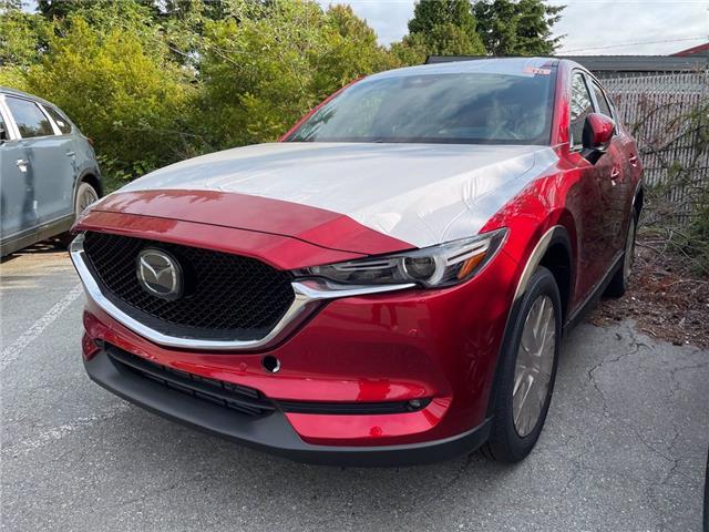 2021 Mazda CX-5 Signature (Stk: 427525) in Surrey - Image 1 of 5