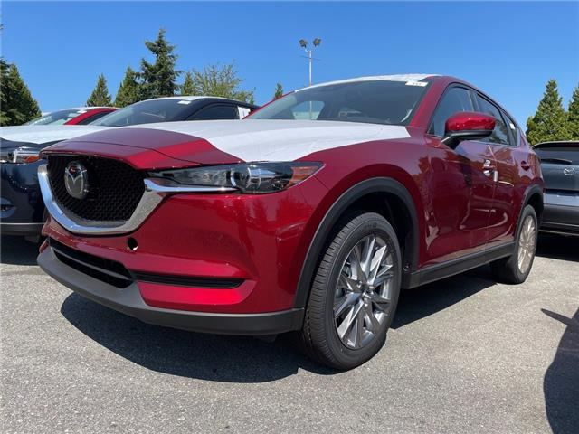 2021 Mazda CX-5 GS (Stk: 427104) in Surrey - Image 1 of 5