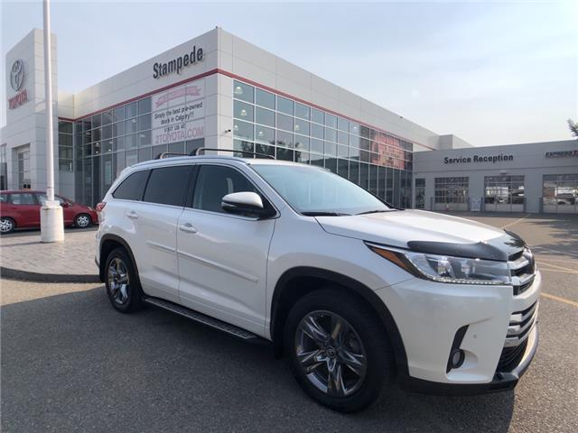 2018 Toyota Highlander Limited (Stk: 9456A) in Calgary - Image 1 of 28