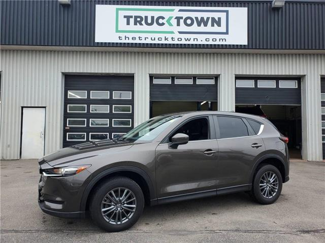 2018 Mazda CX-5 GS (Stk: T0466) in Smiths Falls - Image 1 of 21