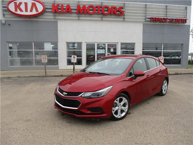2017 Chevrolet Cruze Hatch LT Auto (Stk: 42000A) in Prince Albert - Image 1 of 20
