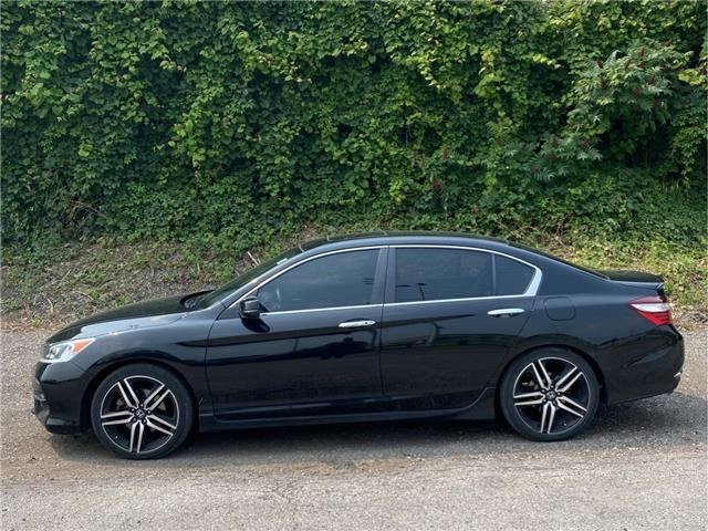 2017 Honda Accord Sport (Stk: M0527A) in London - Image 1 of 10