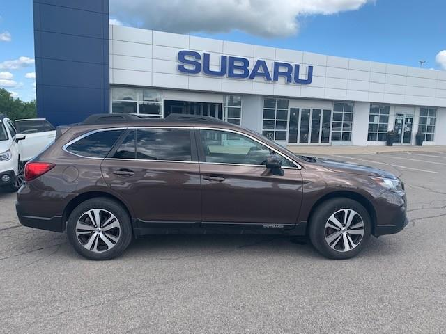 2019 Subaru Outback 2.5i Limited (Stk: P1064) in Newmarket - Image 1 of 12
