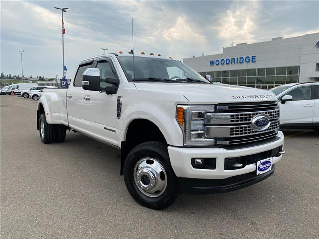 2019 Ford F-350 Platinum (Stk: L-2089A) in Calgary - Image 1 of 25