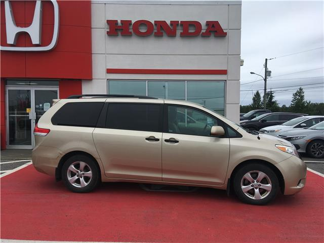2013 Toyota Sienna V6 7 Passenger (Stk: HH20A114A) in St. John\'s - Image 1 of 14