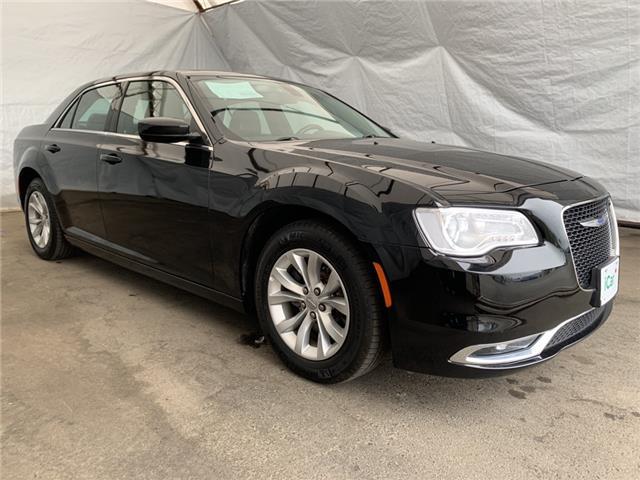 2018 Chrysler 300 Touring (Stk: I23531) in Thunder Bay - Image 1 of 22