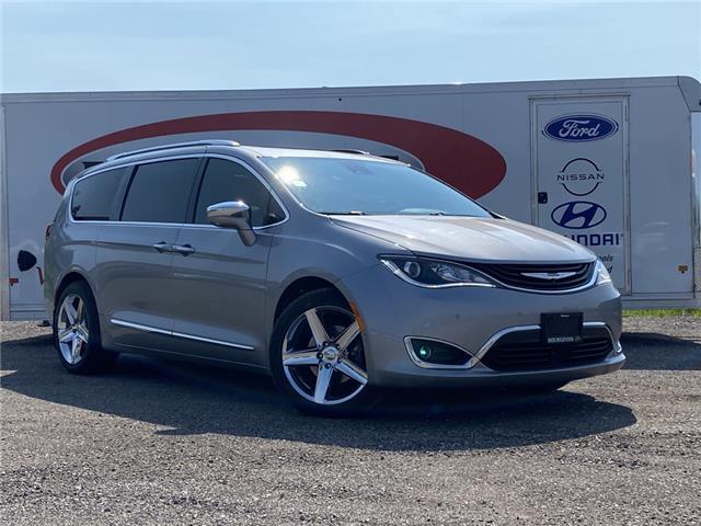 2017 Chrysler Pacifica Hybrid Platinum (Stk: 00U023) in Midland - Image 1 of 20