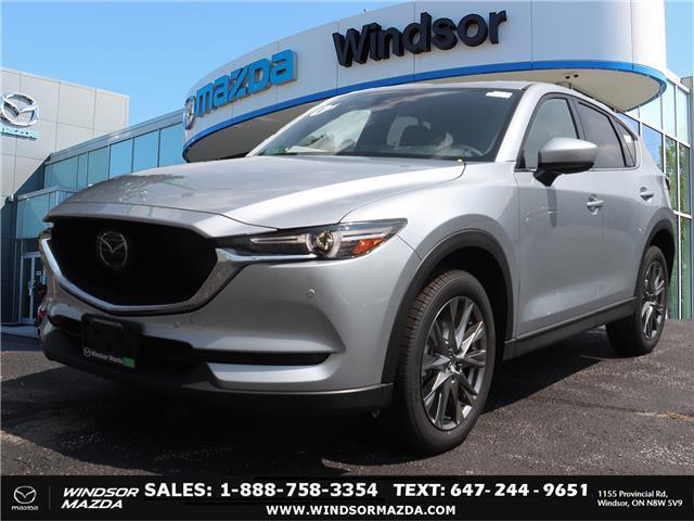 2021 Mazda CX-5 Signature (Stk: C56163) in Windsor - Image 1 of 17