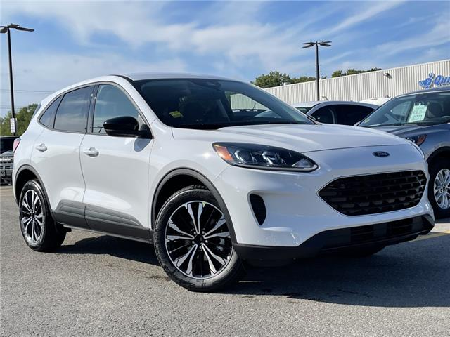 2021 Ford Escape SE (Stk: 21T649) in Midland - Image 1 of 16