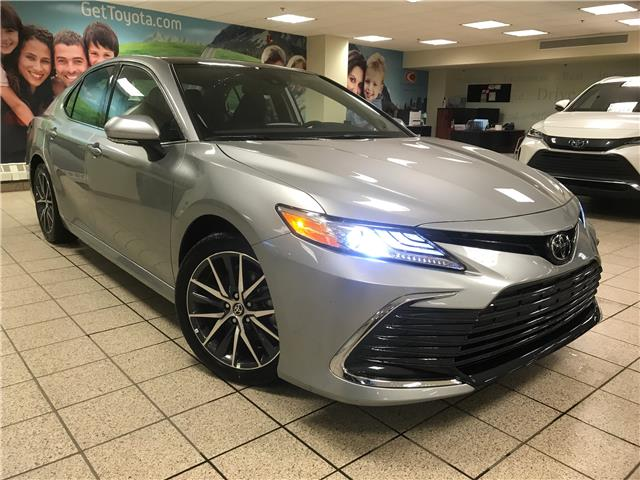 2021 Toyota Camry XLE (Stk: 211206) in Calgary - Image 1 of 20