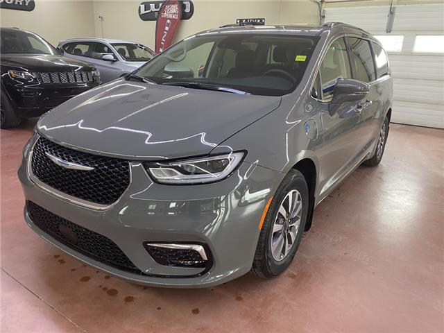 2021 Chrysler Pacifica Hybrid Touring L Plus (Stk: T21-141) in Nipawin - Image 1 of 24