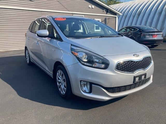 2014 Kia Rondo LX (Stk: ) in Sussex - Image 1 of 21