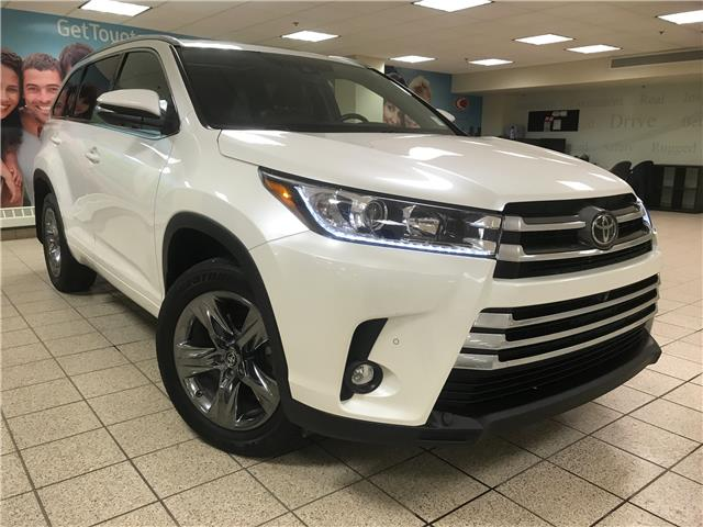 2019 Toyota Highlander Limited (Stk: 211588A) in Calgary - Image 1 of 23