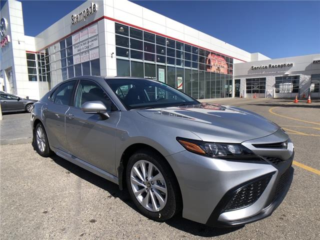 2021 Toyota Camry SE (Stk: 211023) in Calgary - Image 1 of 11