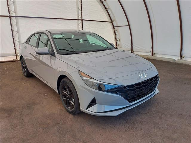 2022 Hyundai Elantra Preferred (Stk: 17743) in Thunder Bay - Image 1 of 17