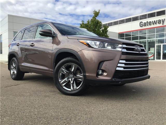 2019 Toyota Highlander Limited 5TDDZRFH8KS702799 36735A in Edmonton