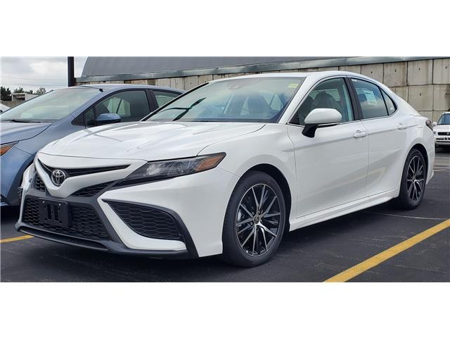 2021 Toyota Camry SE (Stk: 61717) in Sarnia - Image 1 of 9