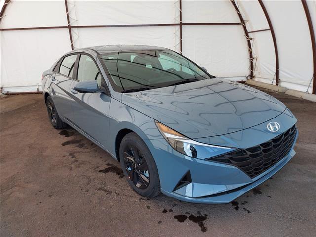 2022 Hyundai Elantra Preferred (Stk: 17747) in Thunder Bay - Image 1 of 18