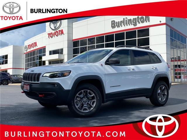 2019 Jeep Cherokee Trailhawk (Stk: 212074A) in Burlington - Image 1 of 24
