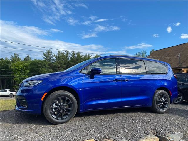 2021 Chrysler Pacifica Touring (Stk: 21170) in Rawdon - Image 1 of 6
