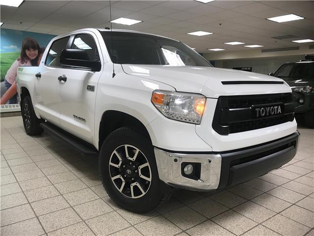 2017 Toyota Tundra SR5 Plus 5.7L V8 (Stk: 211494A) in Calgary - Image 1 of 19