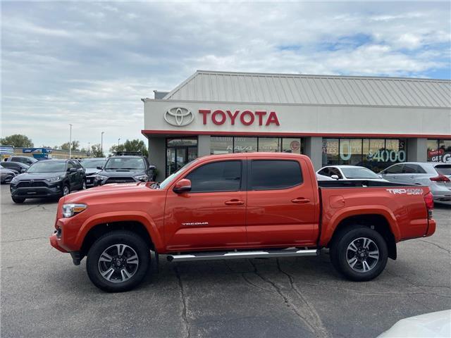 2017 Toyota Tacoma  (Stk: 2109151) in Cambridge - Image 1 of 19