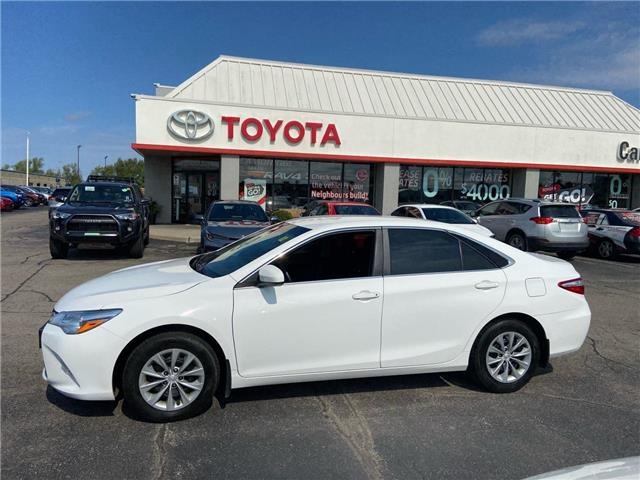 2017 Toyota Camry  (Stk: 2106371) in Cambridge - Image 1 of 18