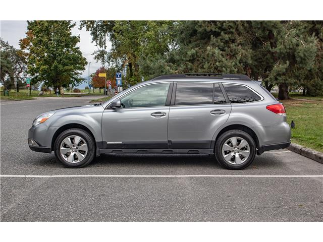 2011 Subaru Outback 3.6 R Limited Package (Stk: DK328) in Vancouver - Image 1 of 17
