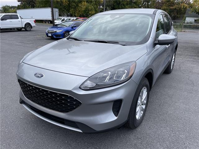 2021 Ford Escape SE (Stk: 21310) in Cornwall - Image 1 of 14