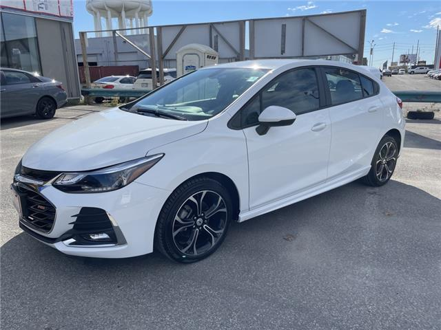 2019 Chevrolet Cruze LT (Stk: 31317A) in Scarborough - Image 1 of 18