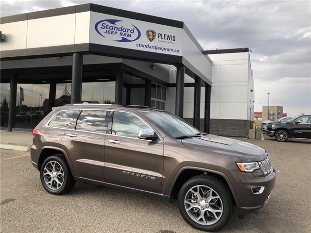 2021 Jeep Grand Cherokee Overland (Stk: 5M212) in Medicine Hat - Image 1 of 18