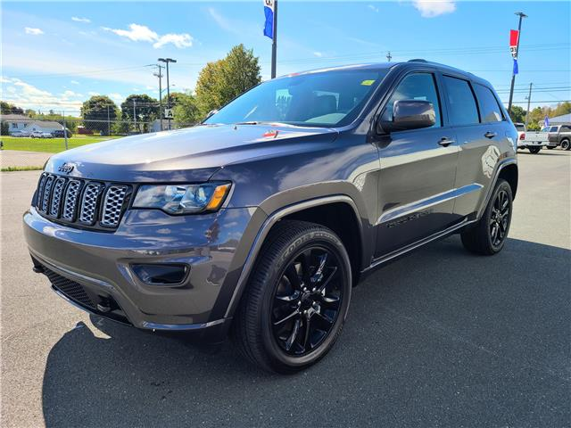 2021 Jeep Grand Cherokee Laredo (Stk: 2021-T143) in Bathurst - Image 1 of 13