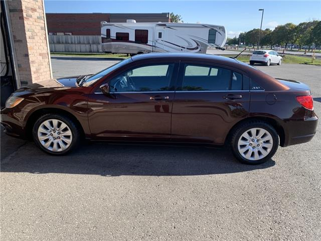 2013 Chrysler 200 LX (Stk: ) in Morrisburg - Image 1 of 12
