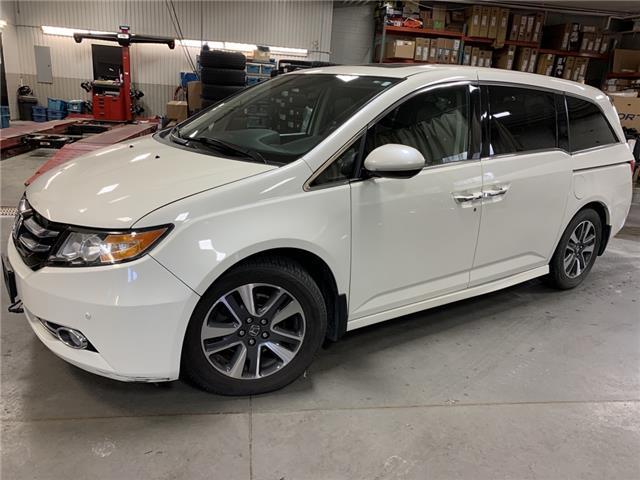2016 Honda Odyssey Touring (Stk: 00163M) in Cranbrook - Image 1 of 28