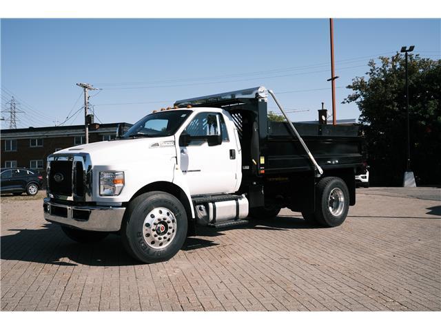 2022 Ford F750 SUPER DUTY REGULAR CAB (Stk: 2200020) in Ottawa - Image 1 of 7