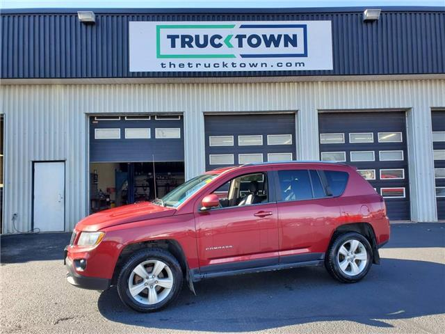 2014 Jeep Compass Sport/North (Stk: T0627) in Smiths Falls - Image 1 of 20