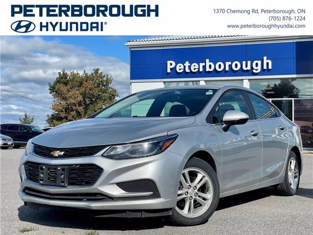 2018 Chevrolet Cruze LT Auto (Stk: H13011A) in Peterborough - Image 1 of 30