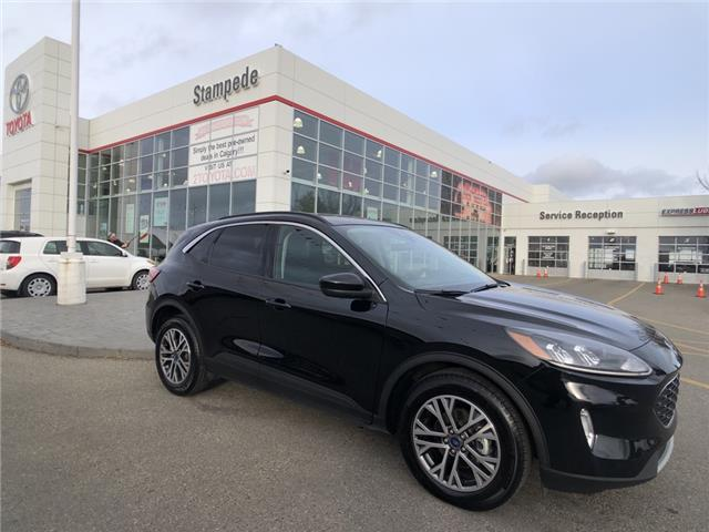2020 Ford Escape SEL (Stk: 9548A) in Calgary - Image 1 of 26