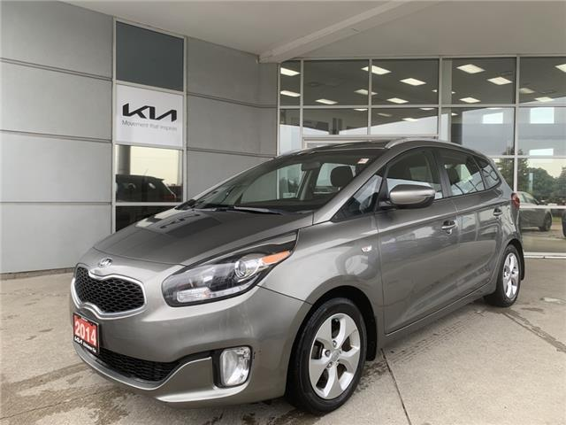 2014 Kia Rondo LX (Stk: D22105A) in Kitchener - Image 1 of 17