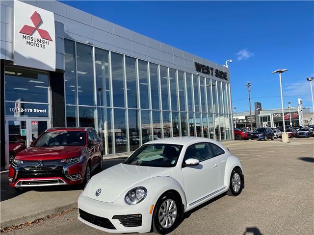 2018 Volkswagen Beetle 2.0 TSI Trendline (Stk: E22080A) in Edmonton - Image 1 of 1