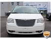 2010 Chrysler Town & Country Touring (Stk: A0H1125X) in Hamilton - Image 2 of 18