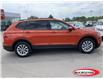2018 Volkswagen Tiguan Trendline (Stk: 00U216) in Midland - Image 2 of 18