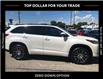 2017 Toyota Highlander XLE (Stk: CP10703A) in Chatham - Image 4 of 14