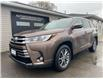 2017 Toyota Highlander XLE (Stk: 9049) in Kingston - Image 1 of 26